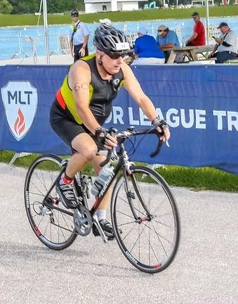 Lenny Simon - triathelte, runner, swimmer, biking