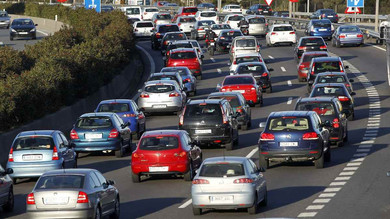 Sistema para reciclar la energía de los coches en las ciudades