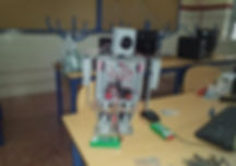 Diseño_y_construcción_de_un_robot_humano