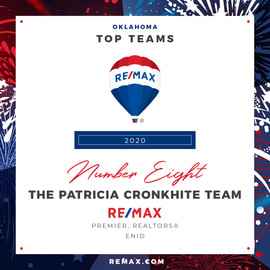 The Patricia Cronkhite Team.jpg