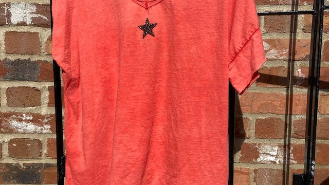 Round Neck Tee Shirt with Sequin Star
