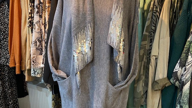 Knitted Tunic with Sequin Detachable Scarf