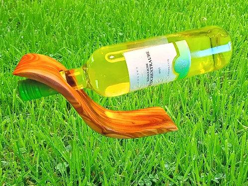 Weinhalter aus Holz