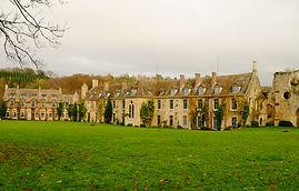 abbaye des Vaux de Cernay près de woodyhome78