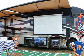 Premier-Planning-Corporate-Tailgating-3.