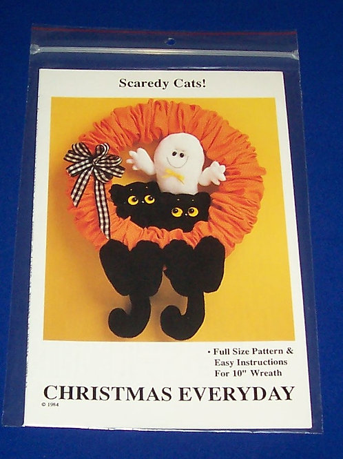 Christmas Everyday Scaredy Cats Halloween Wreath Pattern