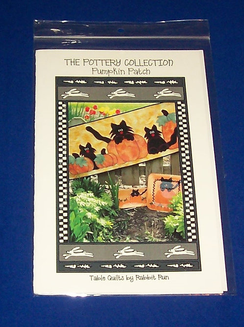 The Pottery Collection Pumpkin Patch Halloween Quilt Pattern Black Cats