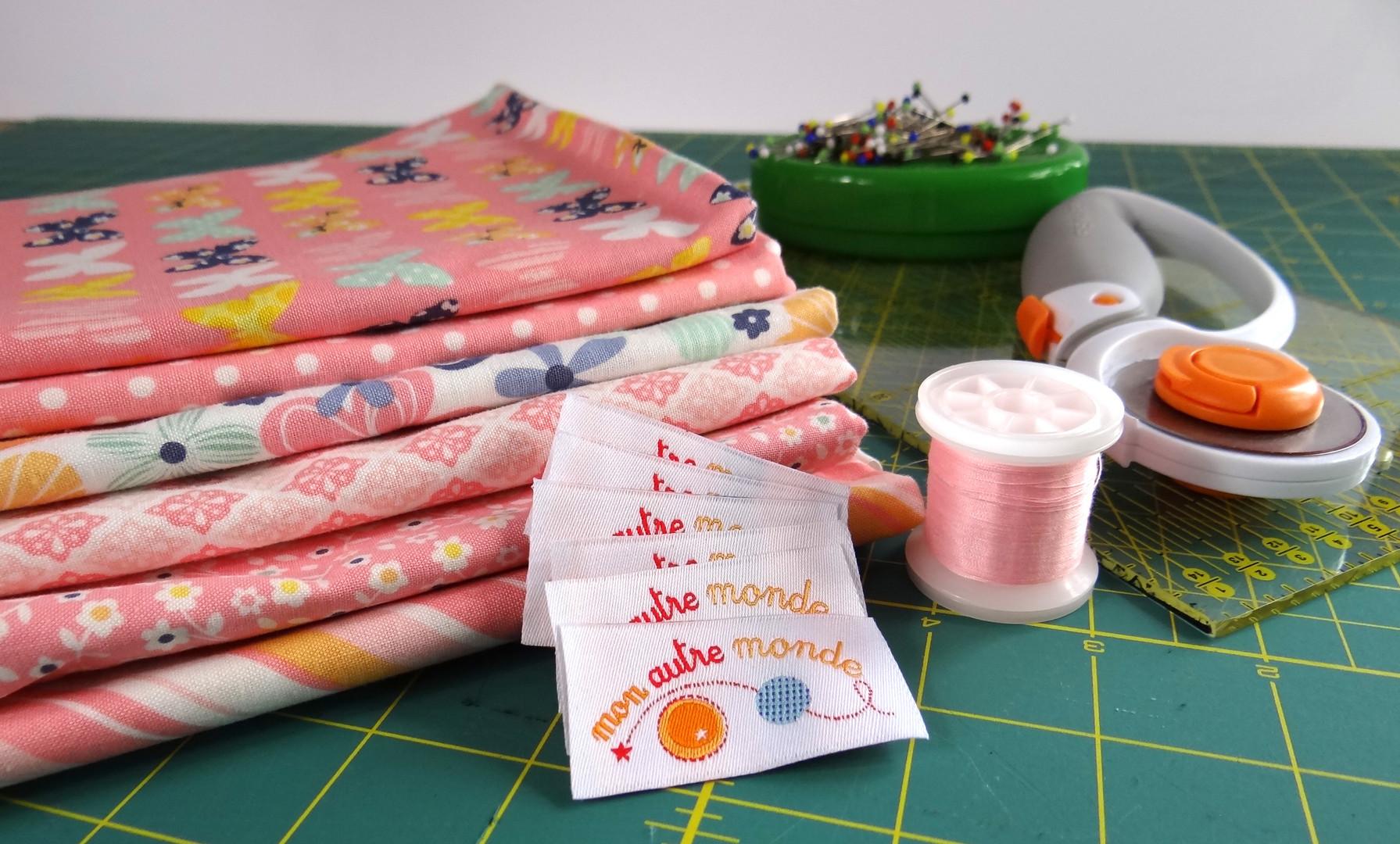 tissus et  étiquettes