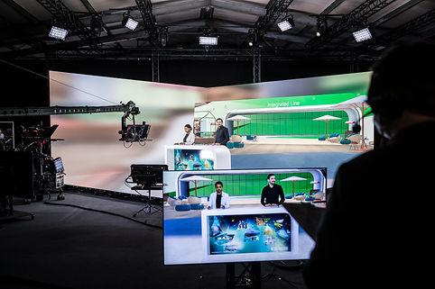 cueXR-extended-reality-Studio.jpg