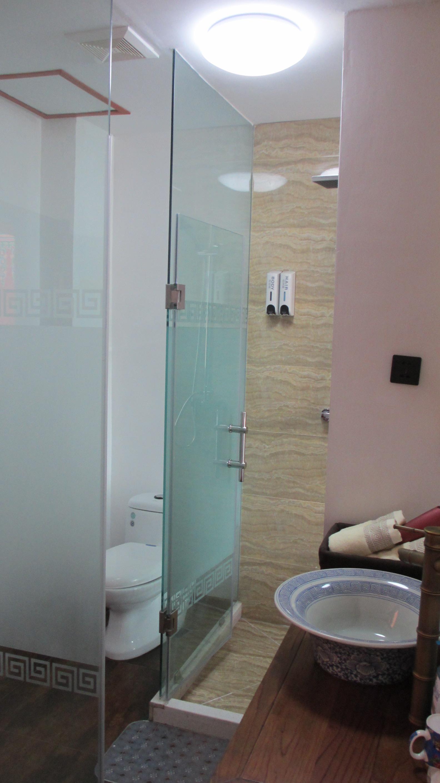 Nirvana bath room