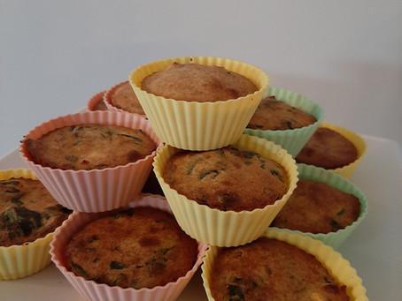 Hartige muffins met pompoen, spinazie en feta.
