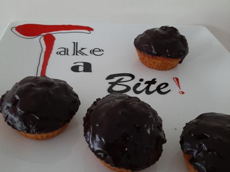 Wortelcupcakes met chocoladelaag