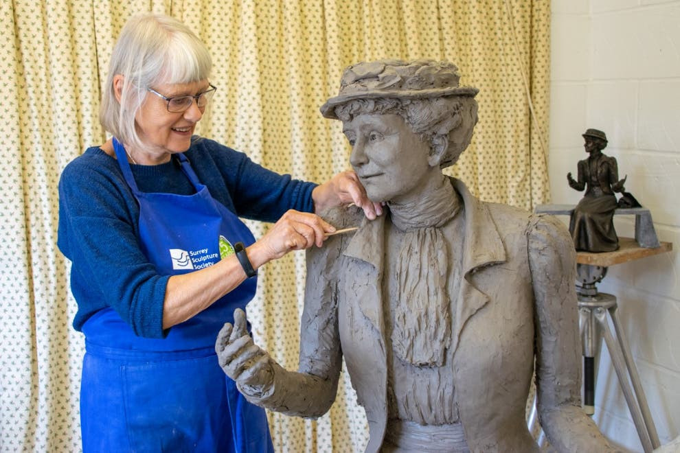 Sculpture of Emily Wilding Davison