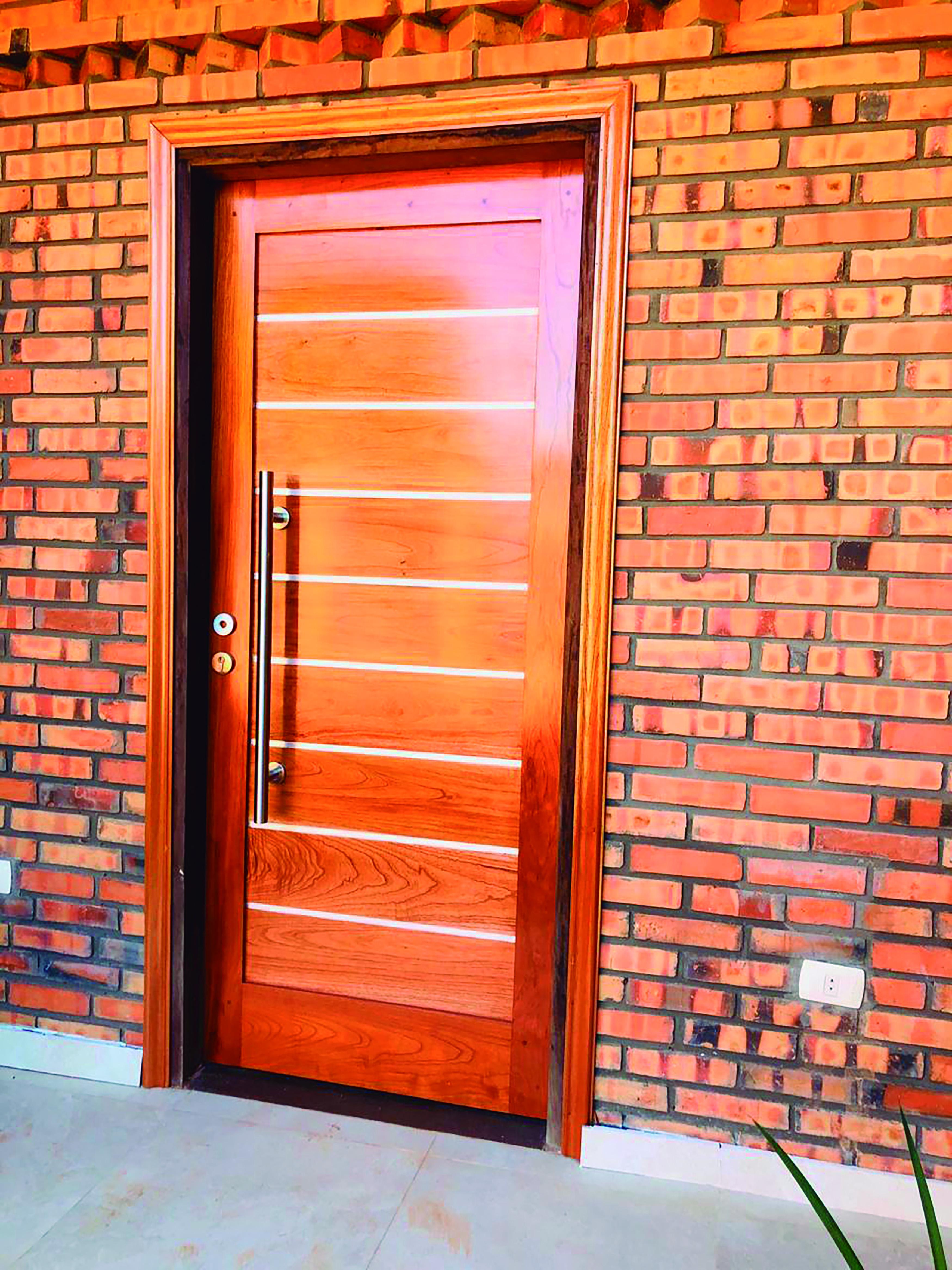 03 puerta linda