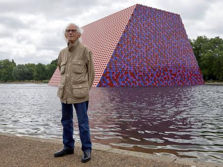 Muere a los 84 años el artista plástico Christo, maestro del embalaje