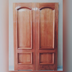 01 puerta linda