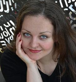 Катя Георгиева hour space масаж