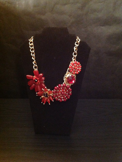 G&E Red Rosettes Necklace