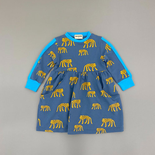 En:Paper -Blue Leopard Dress