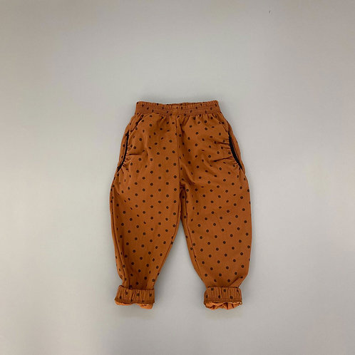 En:Paper - Brown Dot Pants