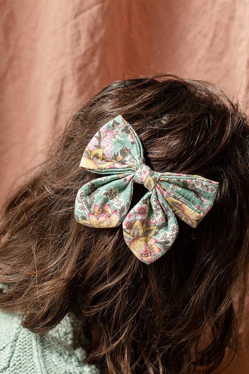 Louise Misha -  Hair Clip Lisa Cream French Flowers