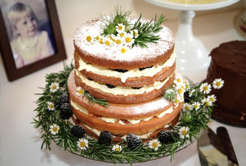 Geranium & Blackberry Cake