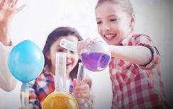 niñas cientificas