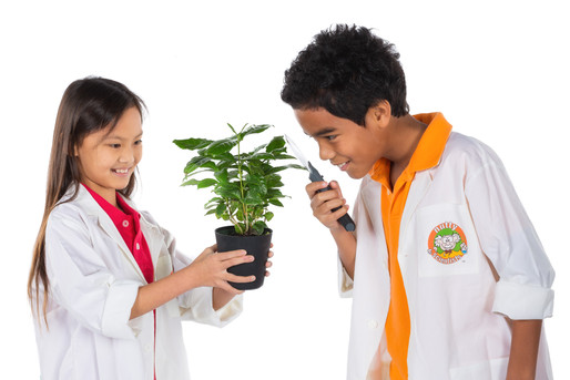 boy and girl plant 2.jpg