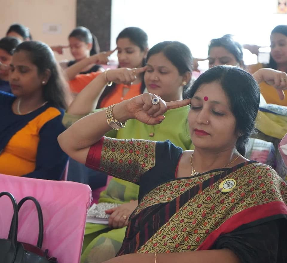Session on confidence building & personality development