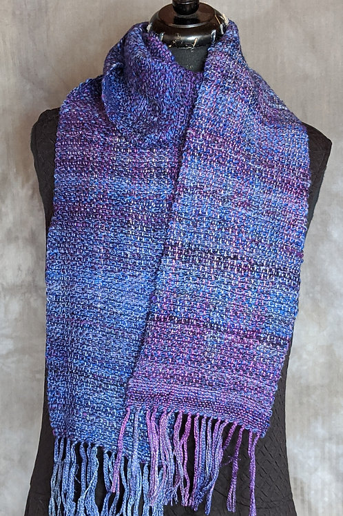 Scarf in purples