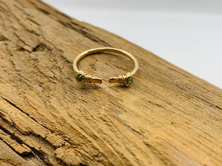 MEDUSA Hammered Gemstone Ring