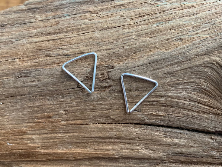 STEVIE Tiny Triangle Unisex Threaders