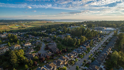 Surrey-Neighbourhood-Next-to-Farm-Land (