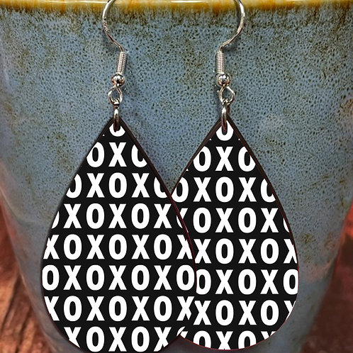 XOXO oval earring pair