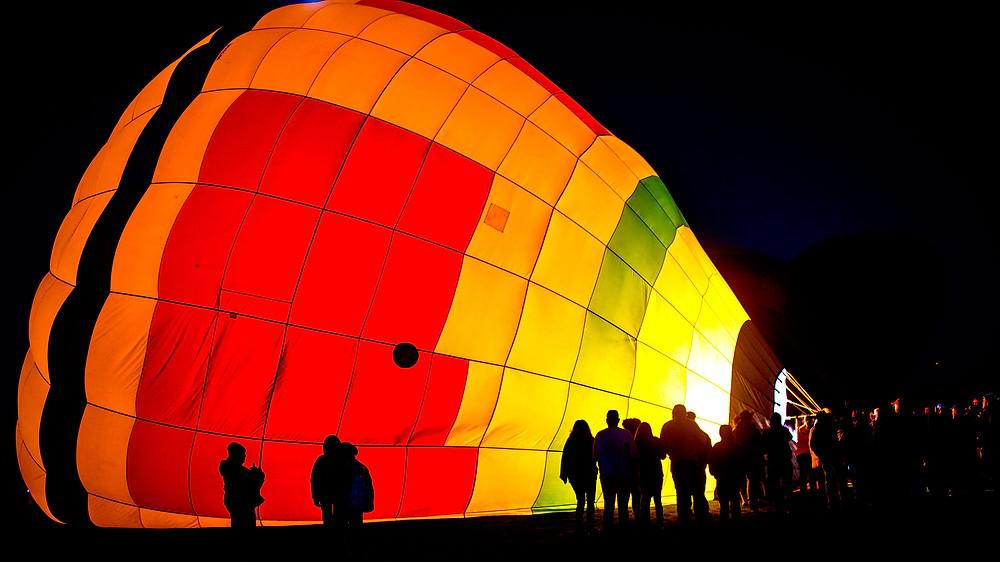 Airing up balloon