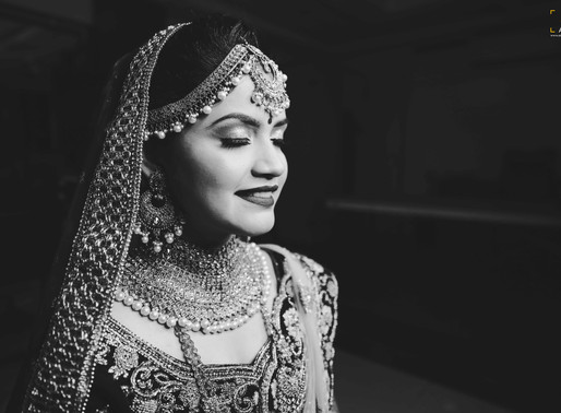 How to Be Photogenic on Your Wedding Day