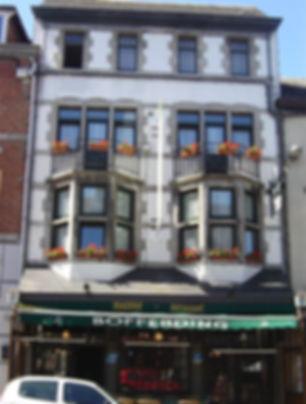Place_du_marché,_n°7_-_6870_St-Hubert.