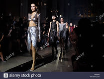 models-on-the-catwalk-at-the-julien-macd