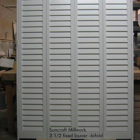 Fixed louver closet doors