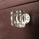 Eleanora glass knob