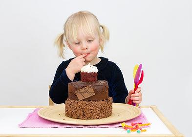 Evie 3rd Bday CAKE SMASH 2019 (16).jpg