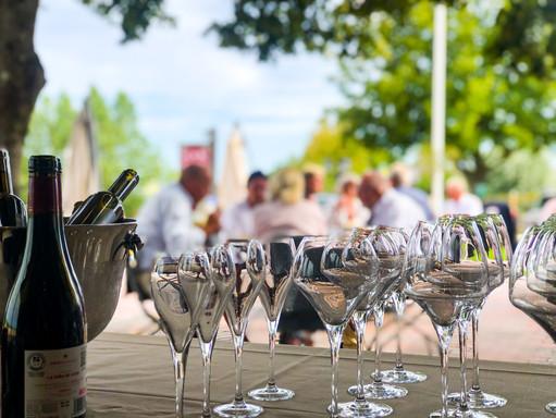 Champagne uteservering Pillehill.JPEG