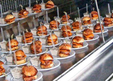 Burgers 1pt.jpg