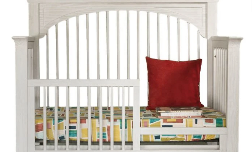 Milk Street Cameo - Oval Crib Toddler Bed Conversion Kit