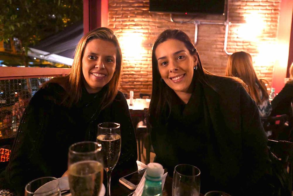 Amanda Xavier, da HoneyMoon, e Fabiana Frias, da Estação de Turismo