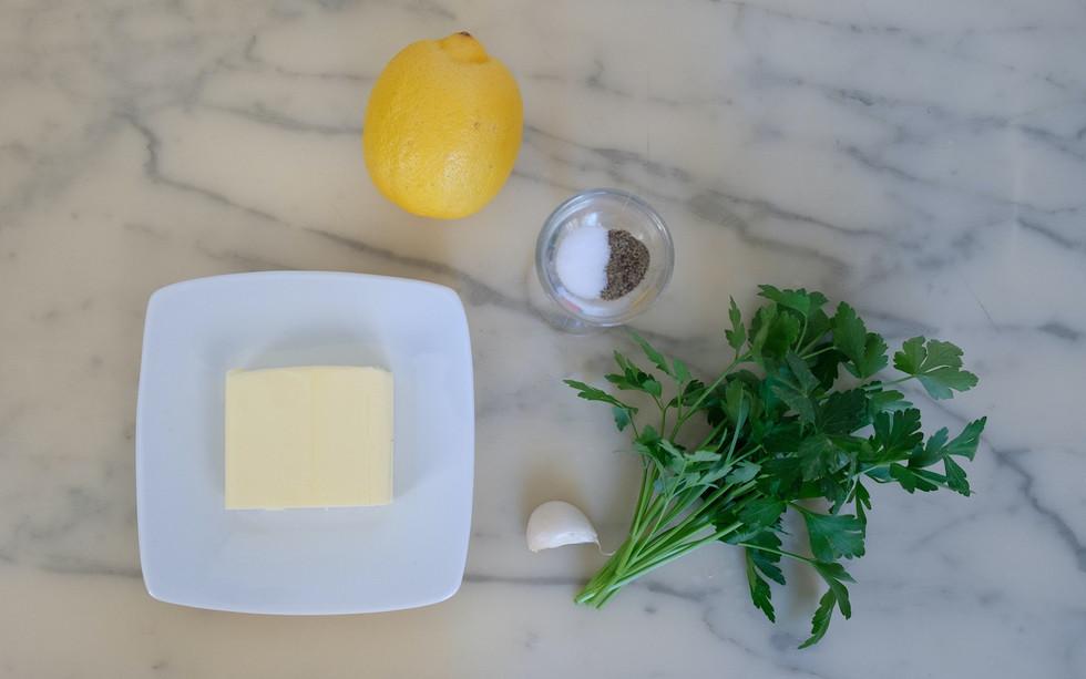 Ingrédients pour le beurre à l'ail