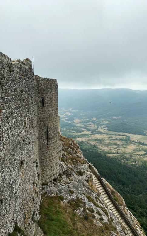 L'accès au Château de Peyrepertuse