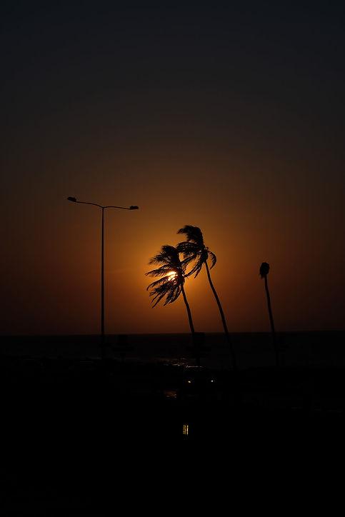 Couher de soleil sur Cartagena depuis la ciudad vieja, sur la muraille.