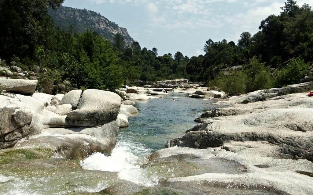 Piscine naturelle de Corse - Cavu