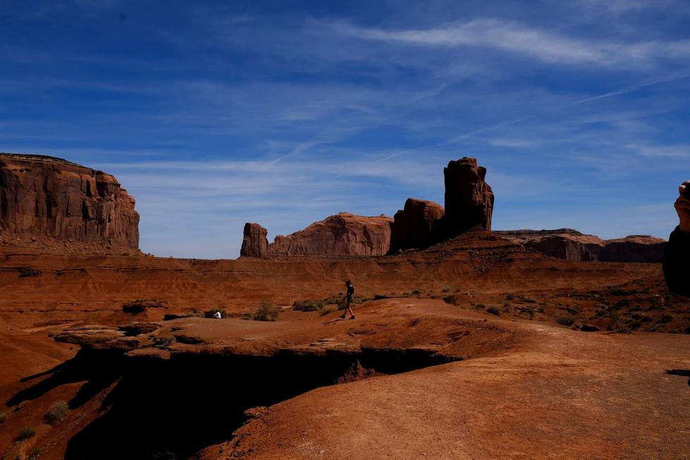 Scenic Road - Monument Valley